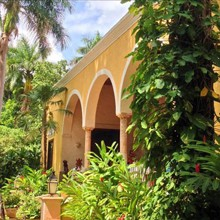 Hacienda Chichen Resort (boutique)